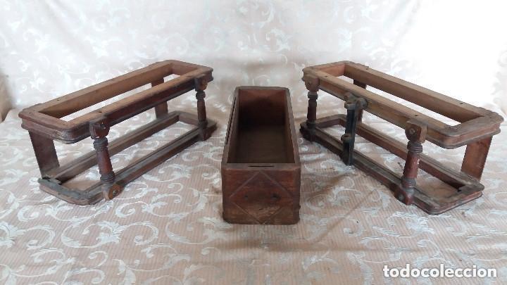 Antiquitäten: Pareja de habitáculos para cajones de mesa de máquina de coser y un cajón, ppios XX - Foto 4 - 148037562