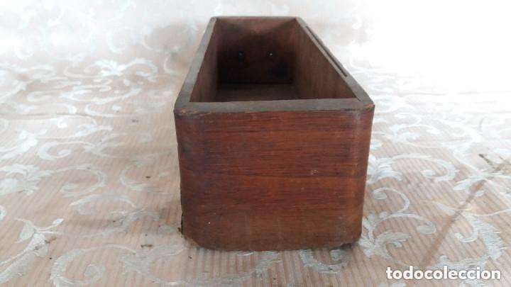 Antiquitäten: Pareja de habitáculos para cajones de mesa de máquina de coser y un cajón, ppios XX - Foto 15 - 148037562