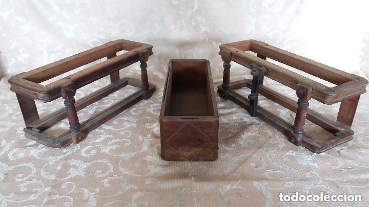 Antiquitäten: Pareja de habitáculos para cajones de mesa de máquina de coser y un cajón, ppios XX - Foto 2 - 148037562