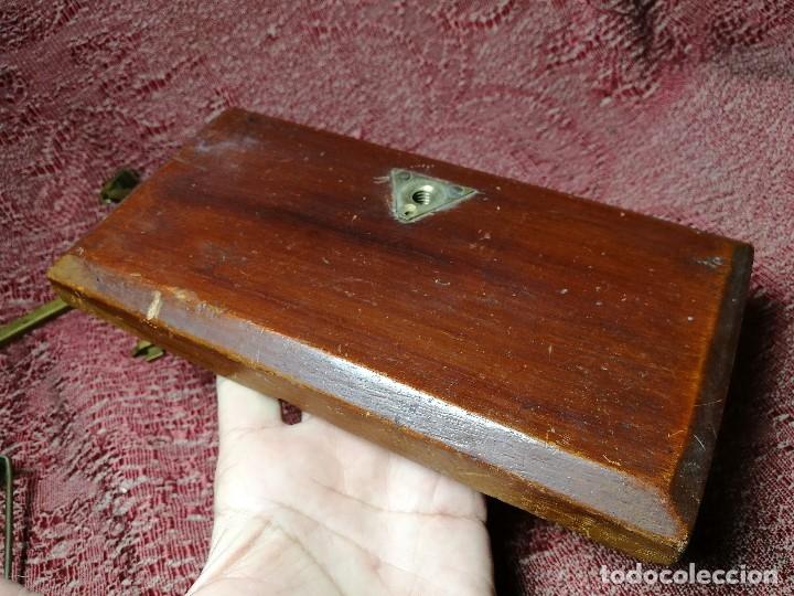 Antigüedades: antigua bascula balanza bronce de precision farmacia 1967 firmada satish toweigh 117 gr..class c - Foto 35 - 148165078