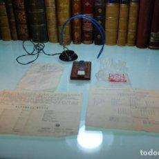 Antigüedades: LOTE TELÉGRAFO PARA CÓDIGO MORSE - CASCOS - PULSADOR CON CÓDIGO IMPRESO - HOJAS CON CÓDIGO - ETC... Lote 148289462