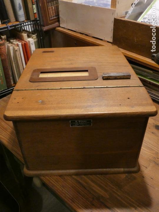 Antigüedades: Antigua caja registradora Alemana, Olten. Timbre que hace de alarma y clave secreta de apertura. - Foto 4 - 148294842