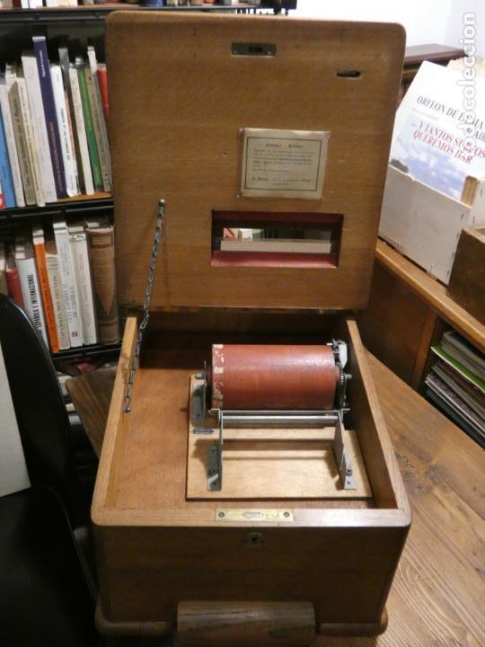 Antigüedades: Antigua caja registradora Alemana, Olten. Timbre que hace de alarma y clave secreta de apertura. - Foto 12 - 148294842