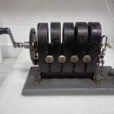 Teléfonos: ANTIGUO GENERADOR DE ELECTRICIDAD DE LABORATORIO. Lote 148562342