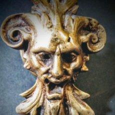 Antigüedades: INCREIBLE TIRADOR MODERNISTA DEL DIABLO DE BRONCE. Lote 148649482