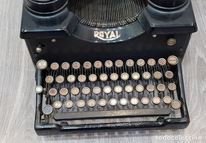 Antigüedades: Máquina de escribir Royal - Foto 4 - 148952170