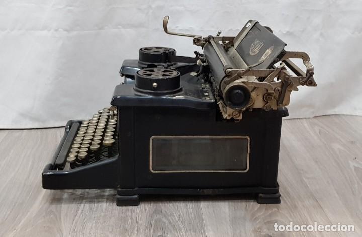 Antigüedades: Máquina de escribir Royal - Foto 6 - 148952170