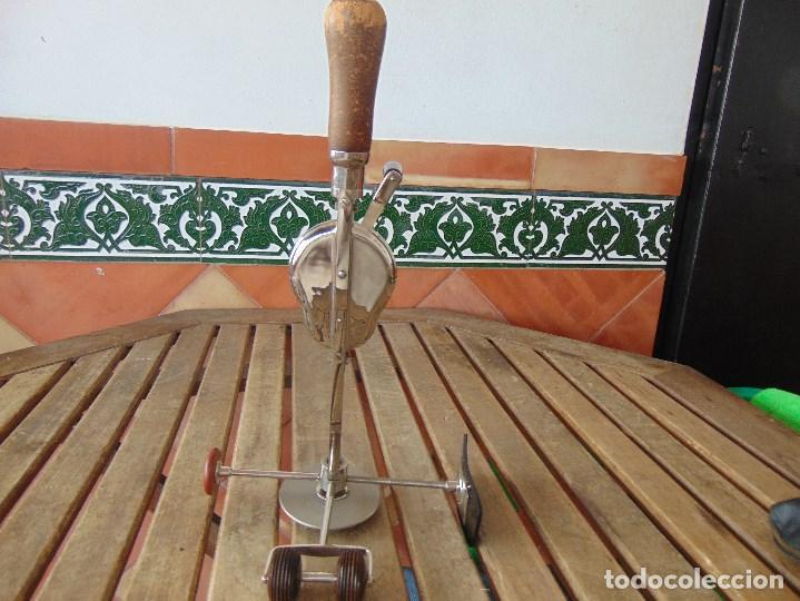 Antigüedades: PIEZA DE MEDICINA ANTIGUO MASAJEADOR VEEDEE. DE PRINCIPIOS DE SIGLO XX. J.E. GARRATT. LONDON - Foto 7 - 149041646