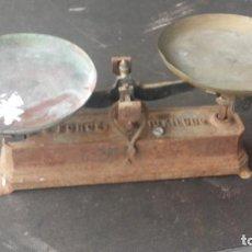 Antigüedades: BALANZA EN HIERRO COLADO. Lote 149188062