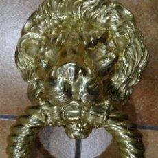 Antigüedades: ALDABA -LLAMADOR DE BRONCE - LEÓN. Lote 149238098