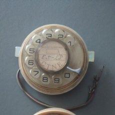 Teléfonos: 2 DIALES TELÉFONO HERALDO. UNO NÚMEROS DORADOS EL OTRO PLATEADOS AÑOS 70. PAPEL CTNE. REPUESTOS. Lote 149281742