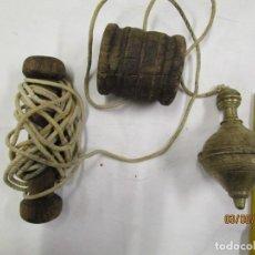 Antigüedades: ANTIGUA PLOMADA NIVEL DE ALBAÑIL CONSTRUCCION, BRONCE, DE LOS 50'S EN ESTADO DE USO + INFO Y FOTOS.. Lote 149366910