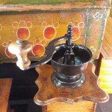 Antigüedades: MOLINO , MOLINILLO ANTIGUO Y MANUAL DE CAFE. Lote 147651634