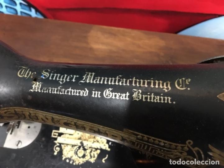 Antigüedades: Maquina de coser singer con mesa - Foto 11 - 149533214