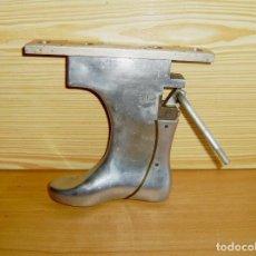 Antigüedades: HORMA DE ALUMINIO MACIZO.Nº 30.. Lote 149539106