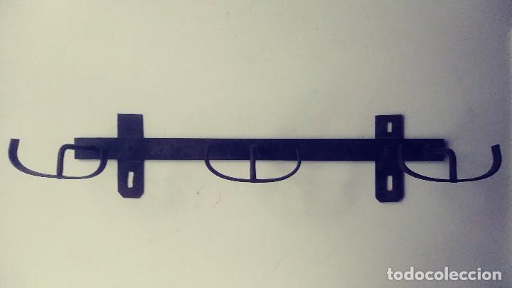 Antigüedades: perchero de hierro forjado - Foto 5 - 149542198