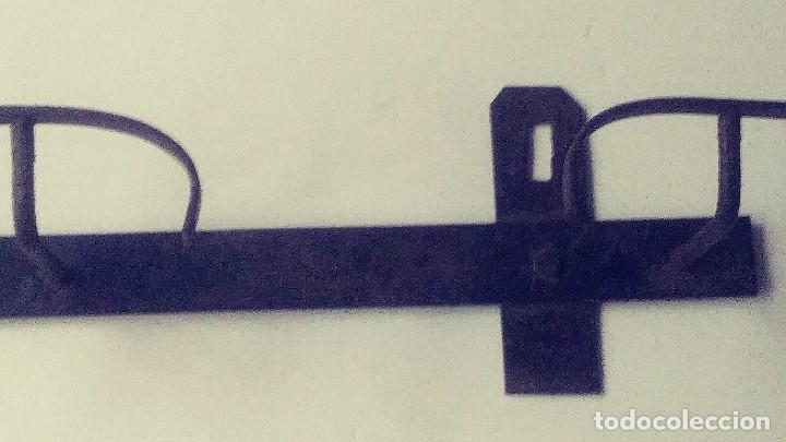 Antigüedades: perchero de hierro forjado - Foto 8 - 149542198