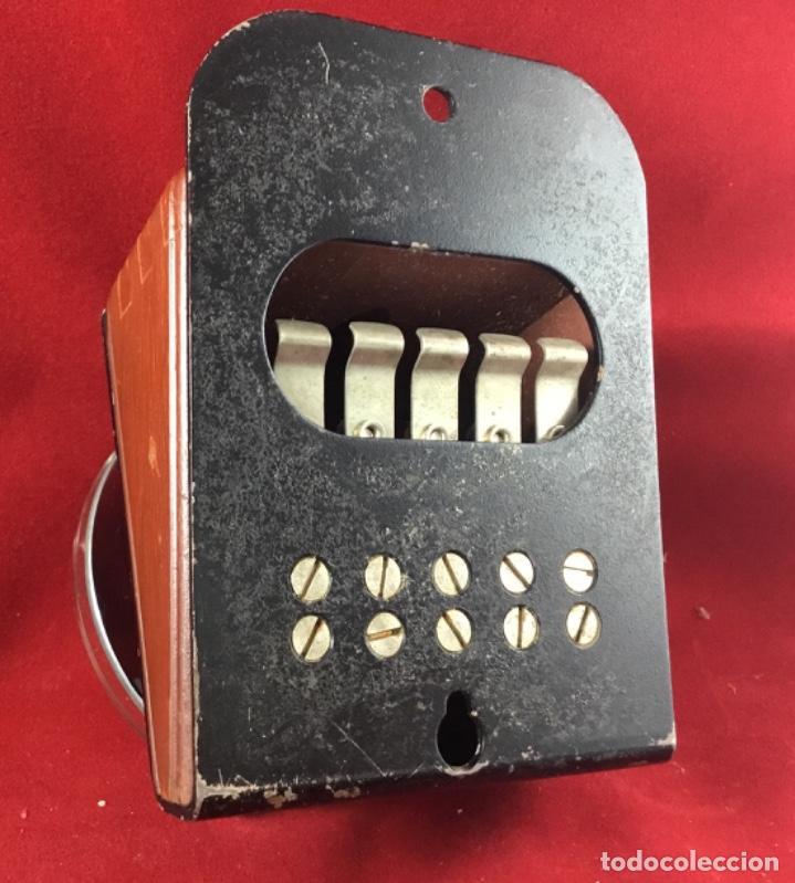 Teléfonos: Antiguo, excelente y completo dial, para mesa o equipo de pruebas de la CTNE, actual Telefónica - Foto 2 - 149871126