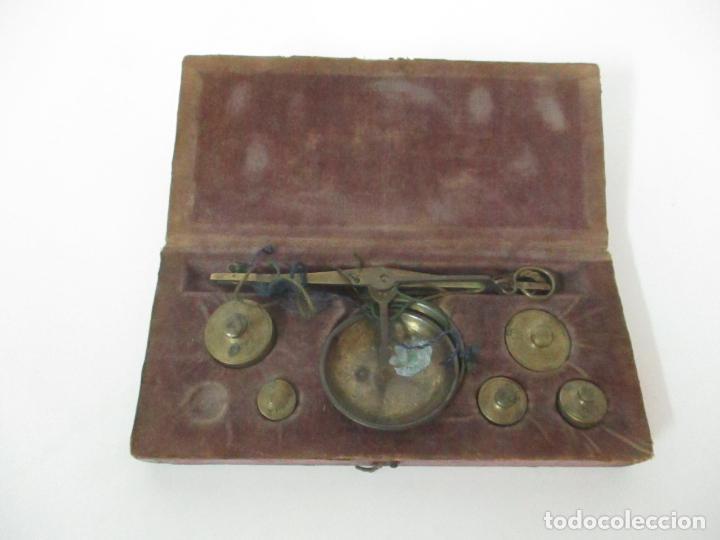 Antigüedades: Balanza - Bascula Pesa Monedas - con Pesas y Ponderales - con Caja de Madera - S. XIX - Foto 10 - 149930174