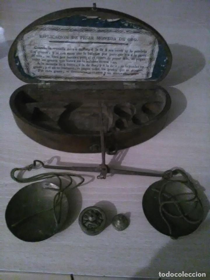Antigüedades: Estuche pesa monedas siglo XIX - Foto 4 - 150000618