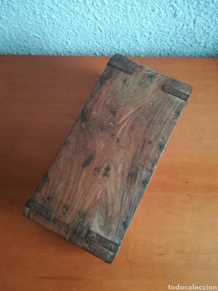 Antigüedades: Antiguo molde para la fabricación de ladrillos HIRA - Decoración rústica vintage - Foto 9 - 150076006