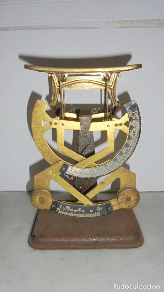 (M) ANTIGUA BALANZA / BASCULA PARA PESAR CARTAS ...??? DE METAL Y HIERRO 15X10,5 CM. (Antigüedades - Técnicas - Medidas de Peso - Básculas Antiguas)