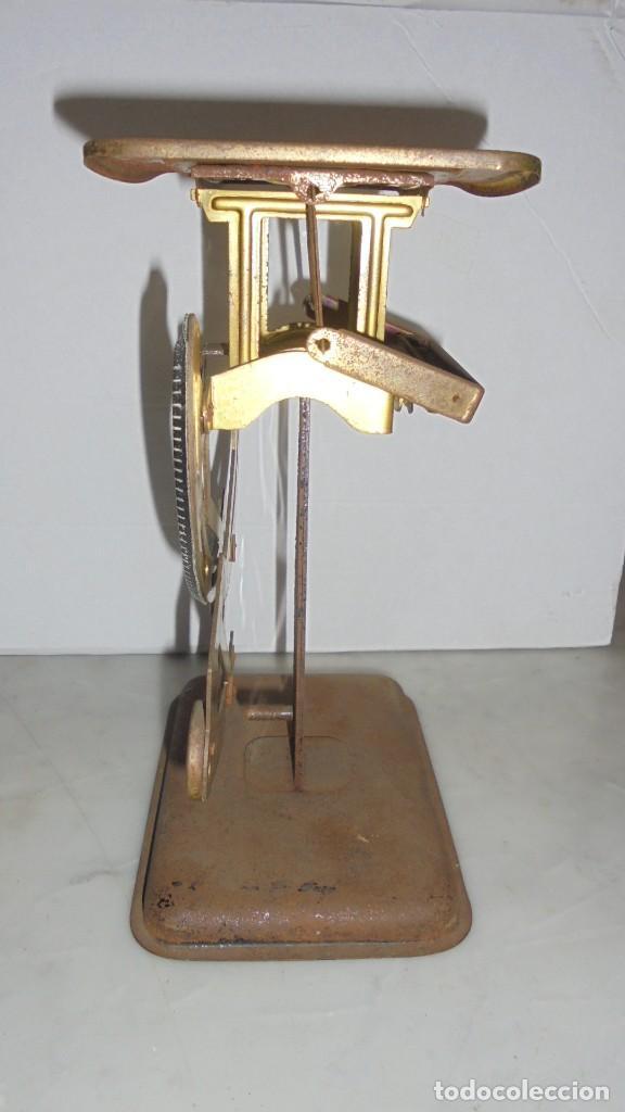 Antigüedades: (M) ANTIGUA BALANZA / BASCULA PARA PESAR CARTAS ...??? DE METAL Y HIERRO 15X10,5 CM. - Foto 4 - 150088150