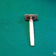 Antigüedades: MAQUINILLA GILLETTE SLIM TWIST. Lote 150116350