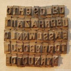 Antigüedades: 49 LETRAS EN METAL SELLOS-IMPRENTA?. Lote 150135369