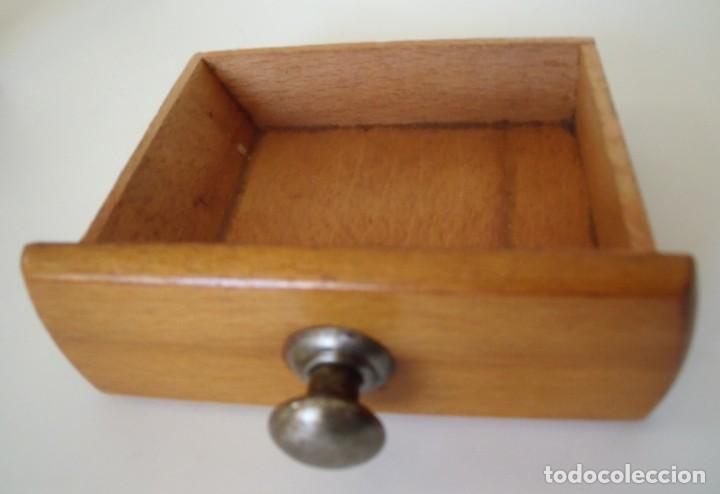Antigüedades: MOLINILLO DE CAFÉ MARCA DIENES. MODELO 750. ALEMANIA. CA. 1950/1960 - Foto 11 - 150200486