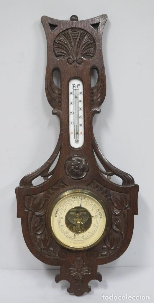 PRECIOSO BAROMETRO DE MADERA DE ROBLE TALLADA. CA. 1890 (Antigüedades - Técnicas - Varios)
