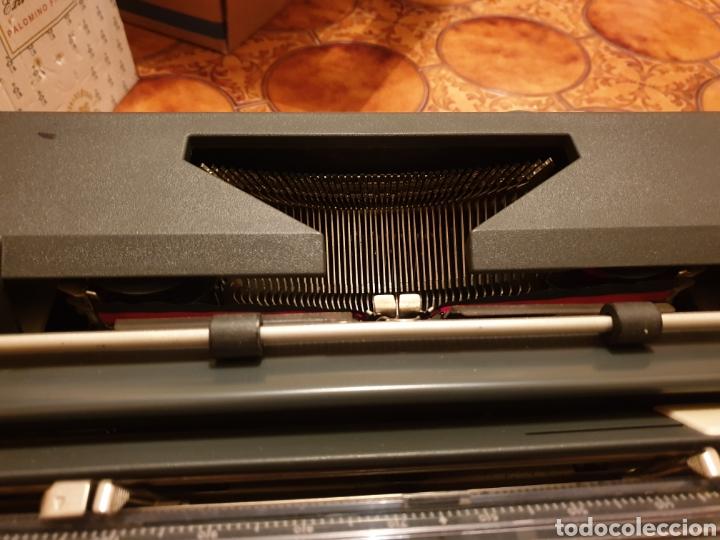 Antigüedades: Máquina de escribir Olympia - Foto 2 - 150240765