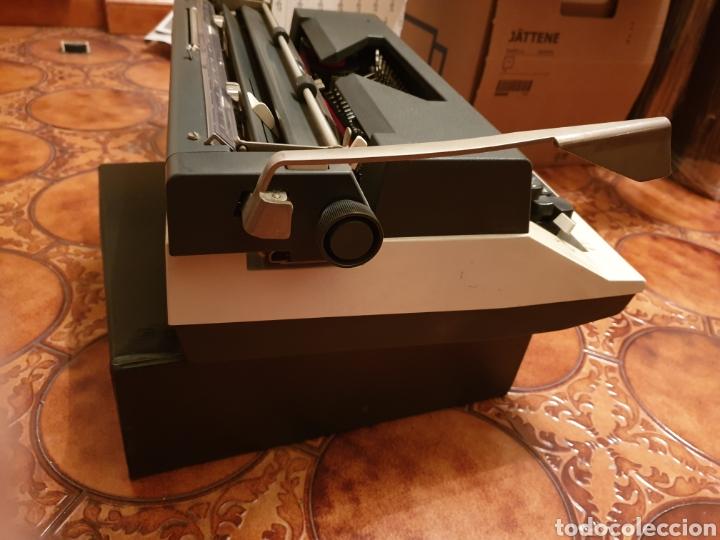 Antigüedades: Máquina de escribir Olympia - Foto 4 - 150240765