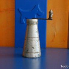 Antigüedades: ANTIGUO MOLINILLO DE ESPECIAS. Lote 150287394