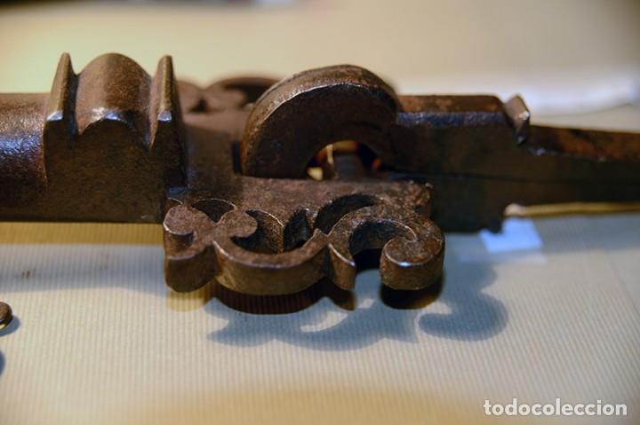 Antigüedades: Gran llamador de forja, Antiguo - Foto 3 - 150312034
