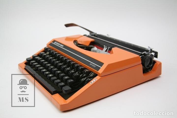 Antigüedades: Máquina De Escribir - Silver Reed SR 200 - Años 60 - Color Naranja - Con Caja - Foto 4 - 150363713