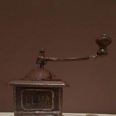 Antigüedades: ANTIGUO MOLINILLO DE CAFE METALICO MARCA ELMA, SIN PINTAR, TAL CUAL SE VE.. Lote 150537154