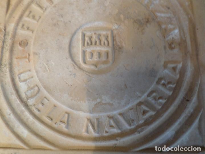 Antigüedades: BALDOSA BARRO FELIPE ESPARZA TUDELA NAVARRA - Foto 5 - 150646586