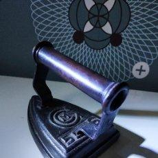 Antigüedades: PLANCHA CCM N°5 EN PERFECTO ESTADO. Lote 150701594
