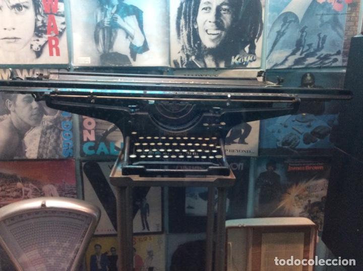 Antigüedades: Espectacular oportunidad máquina escribir underwood con carro diferente a todas de 1.05 metros. - Foto 2 - 150804266