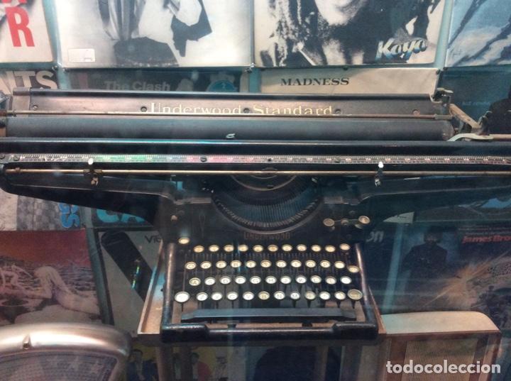 Antigüedades: Espectacular oportunidad máquina escribir underwood con carro diferente a todas de 1.05 metros. - Foto 3 - 150804266