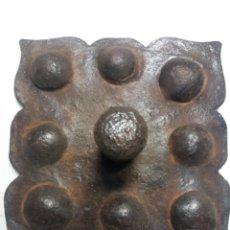 Antigüedades: CLAVO O TETON DE HIERRO FORJADO. Lote 151056110