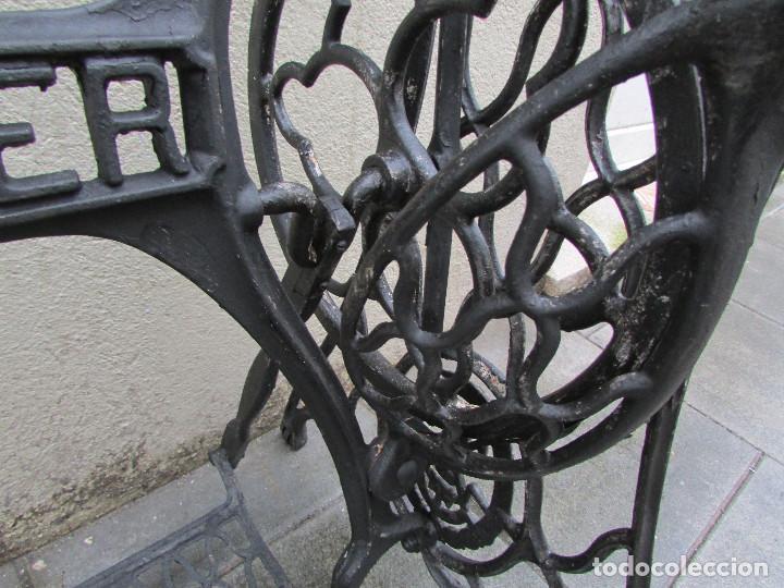 Antigüedades: Pie máquina coser SINGER año 1915. Completo. Funciona. Pintado - Foto 7 - 151710254