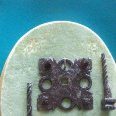 Antigüedades: CLAVOS DE FORJA ANTIGUOS SIGLO XVIII , BUENA CONSERVACION . Lote 151822914