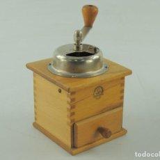 Antigüedades: ANTIGUO MOLINILLO DE CAFE AÑOS 50-60 MADERA ESPECTACULAR RARO EXCELENTE DECORACIÓN. Lote 151925030