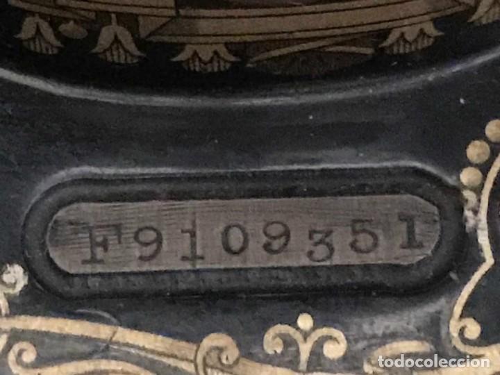 Antigüedades: Maquina de coser SINGER (FUNCIONA) - Foto 2 - 151978562