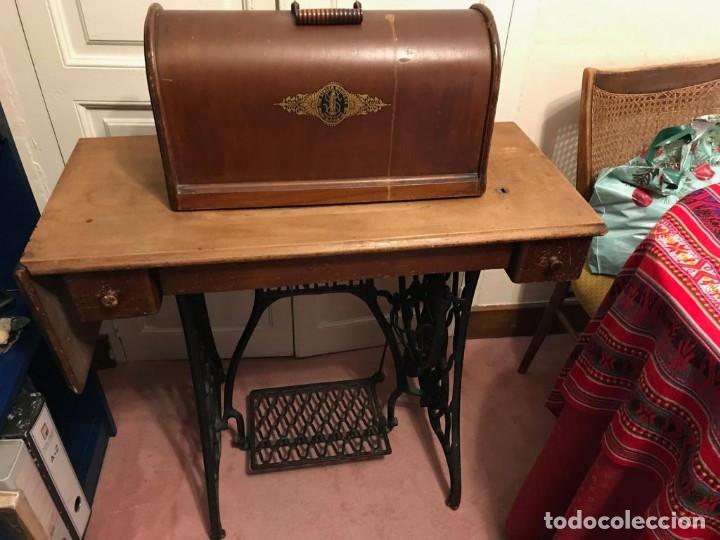Antigüedades: Maquina de coser SINGER (FUNCIONA) - Foto 6 - 151978562