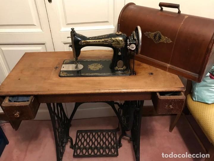 Antigüedades: Maquina de coser SINGER (FUNCIONA) - Foto 8 - 151978562