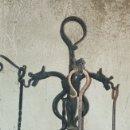 Antigüedades: UTENSILIOS DE CHIMENEA EN FORJA CON DRAGONES. Lote 152025309
