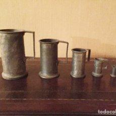 Antigüedades: COLECCIÓN DE 5 JARRAS ANTIGUAS DE HIERRO. Lote 152053704